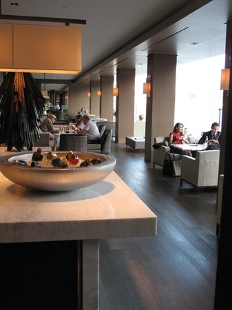 Park Hyatt Sydney: Living Room Part 35