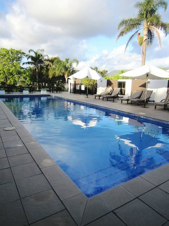 Mercure Gerringong Resort: nice pool but needs to be solar heated