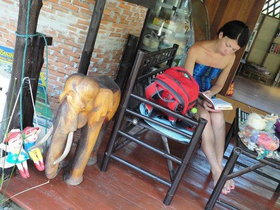 Janinas Resort:                   веранда
