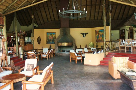 Arumeru River Lodge: The main building at the lodge