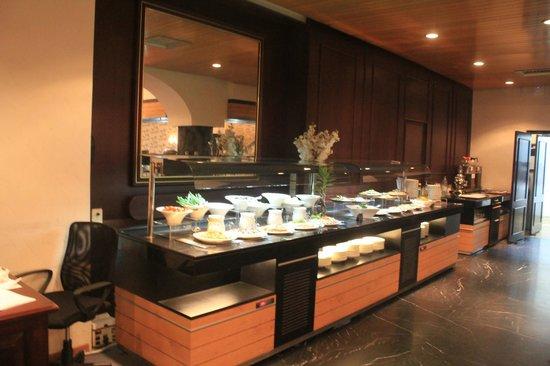 Al Gosaibi Hotel: Seafoods Night Buffet @ SR 150