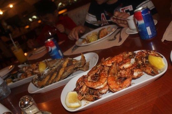 Al Gosaibi Hotel: My tummy bloats lots lots of food