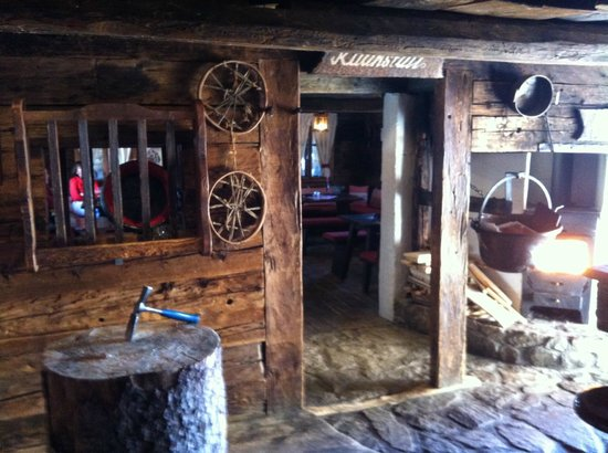 Toni's Almhutte:                   Over 400 years old