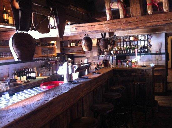 Toni's Almhutte:                   The bar