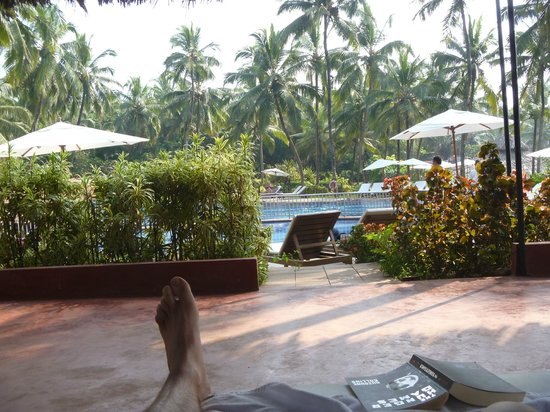 Vivanta by Taj - Holiday Village, Goa:                   Pool side