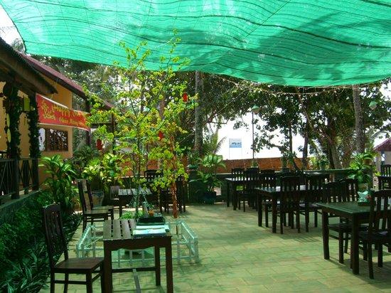 Sea Star Resort Phu Quoc: la salle à manger en terrasse