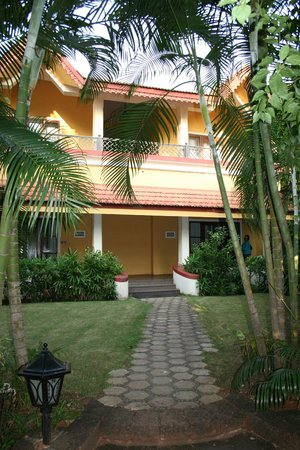 Vivanta by Taj - Holiday Village, Goa:                   Outside Villa