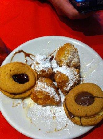 Pescia, İtalya:                                     dolcetti di casa