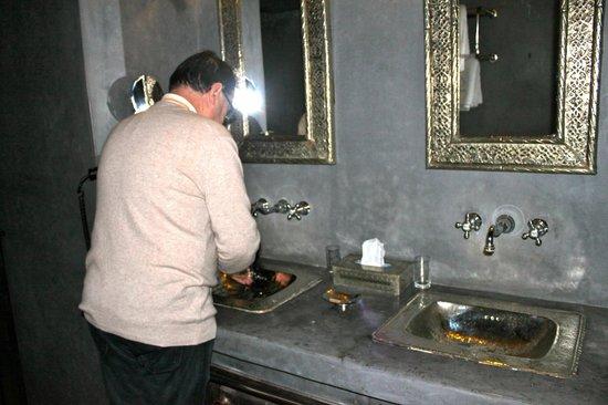 Riad Hermes: Salle de bains