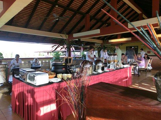 Siddharta Boutique Hotel:                   朝食風景