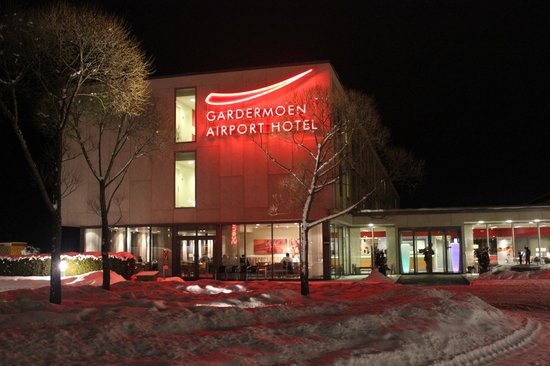 Gardermoen Airport Hotel one winter evening