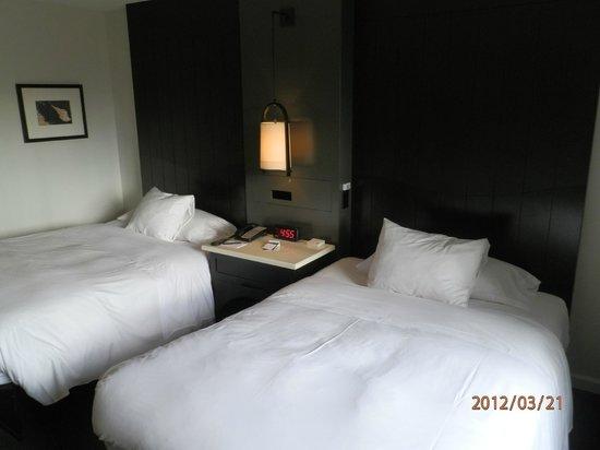 Hotel Renew:                   Room
