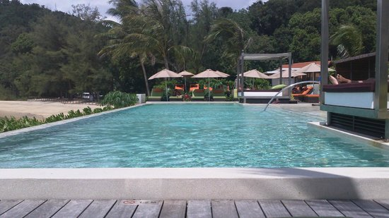 Club Med Cherating Beach:                   piscine zen