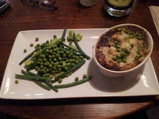 The Curlew: Shepherds Pie from fixed price lunch menu £6.50