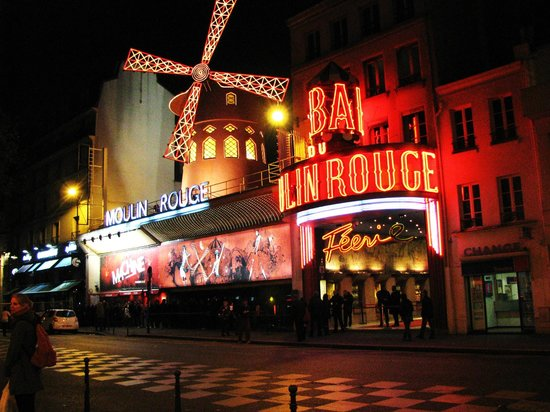 Paris by Night Illuminations bus tour : The Moulin Rouge
