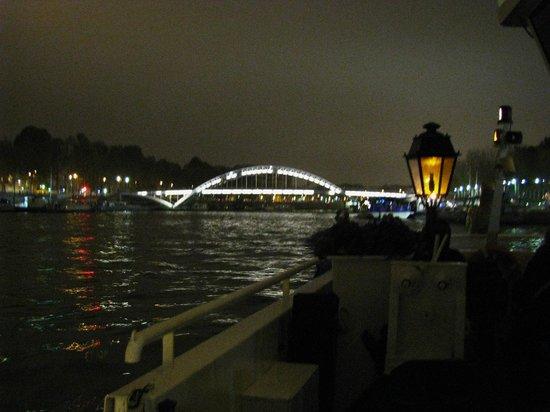 Paris by Night Illuminations bus tour : On the Seine