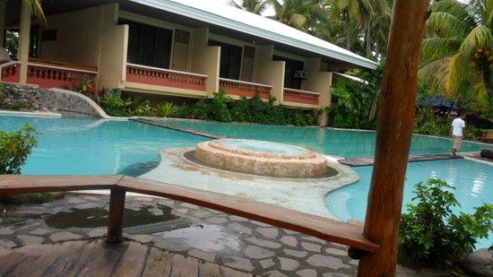 Albuera, Filipiny:                   Pool