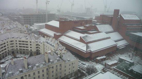 Pullman London St Pancras:                   du quatorzième étage