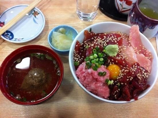 Miura, Japon : Lovely tuna don!!