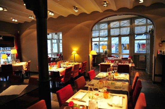 Le Saint-Amour:                                                       restaurant