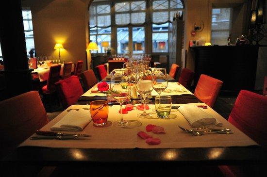 Saint Amour Restaurant