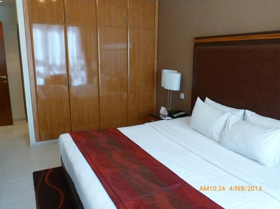 Xclusive Hotel Apartments: Bedroom Clean and roomy