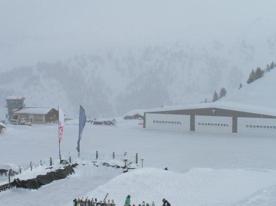 Club Hotel Les Christelles :                   Courcheval airport for the rich and famous to transfer from the main airport t