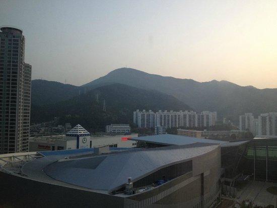 Haeundae Centum Hotel:                                     Room View