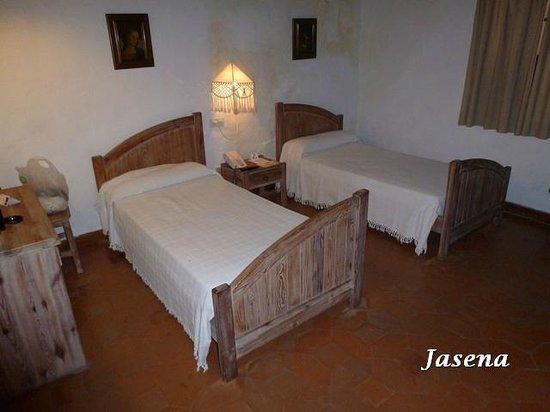 Hotel Convento de San Francisco:                                     Dormitorio