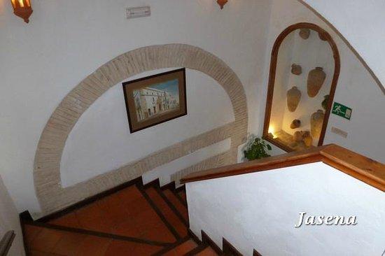 Hotel Convento de San Francisco :                                     Escaleras