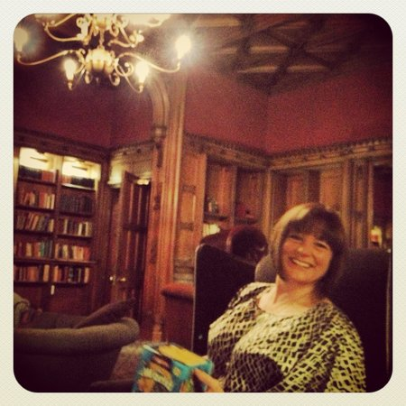 Nutfield Priory Hotel & Spa:                   Relaxing in the library after dinner