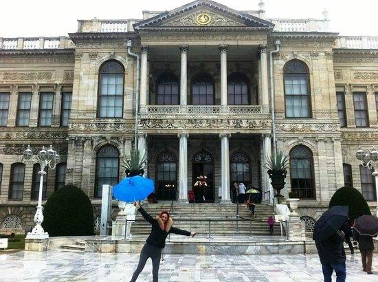 Διαμέρισμα Σουλταναχμέτ:                   Dolmabahçe Palace