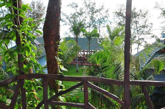 Ancarine Beach Resort :                   Sunny morning