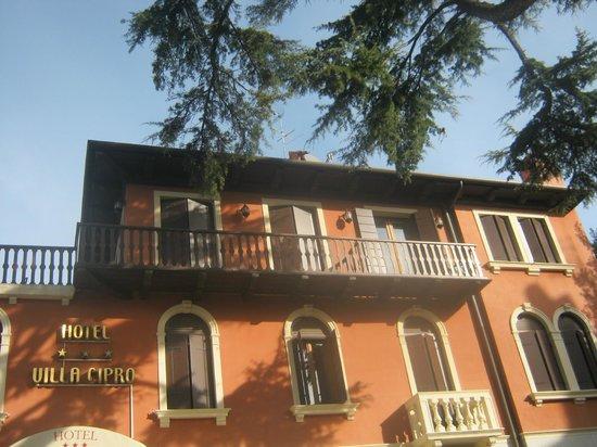 Hotel Villa Cipro: La façade de l'hôtel