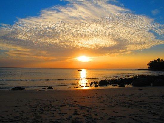 Amanpuri:                   Sunset