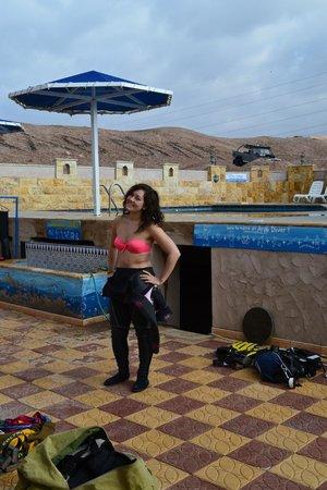 Arab Divers:                   Pool