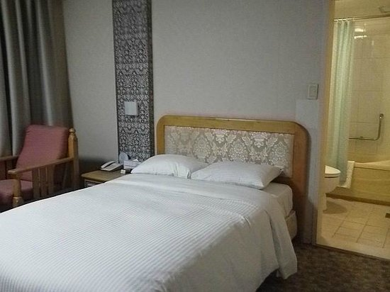 Busan Tourist Hotel: Double_Bed
