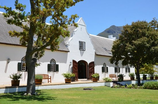 Catharina's Restaurant at Steenberg: bel endroit vue sur l'hotel