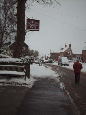 Kirk Ireton, UK: The Barley Mow, Main Street