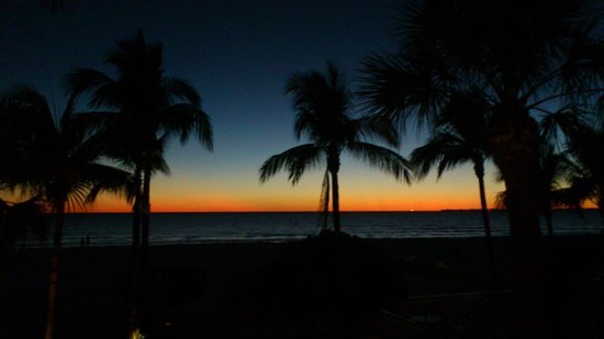 Best Western Plus Beach Resort: Right after sunset, from room #207
