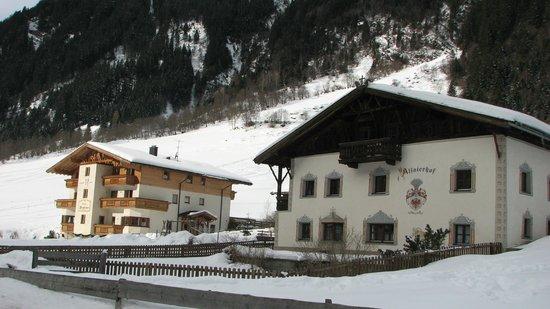 Hotel Alfaier - Bergheimat:                   Les deux bâtiments de l'Alfaierhof