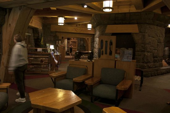 Timberline Lodge:                   Lobby