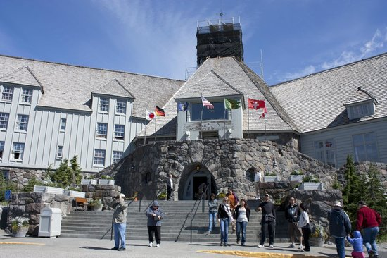 Timberline Lodge:                   Hotel