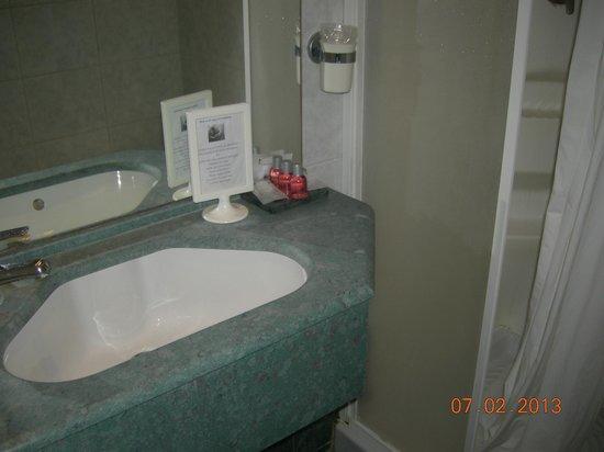 Hotel Sant'Angelo:                   Tuvalet+Banyo