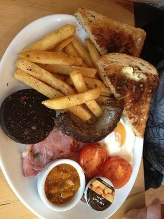 LangeLee's:                   South African Breakfast (with extra order of black pudding!)