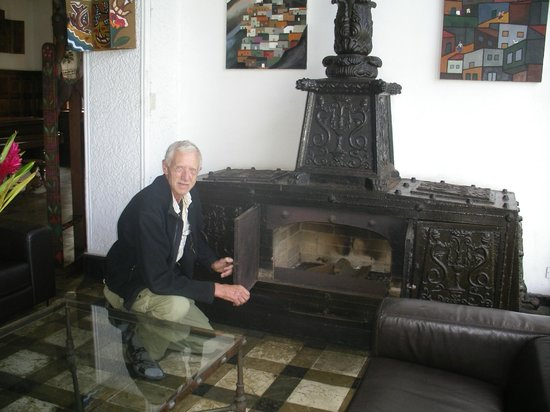 Second Home Peru:                   If I had a fireplace like this in Norway, I would feel warm