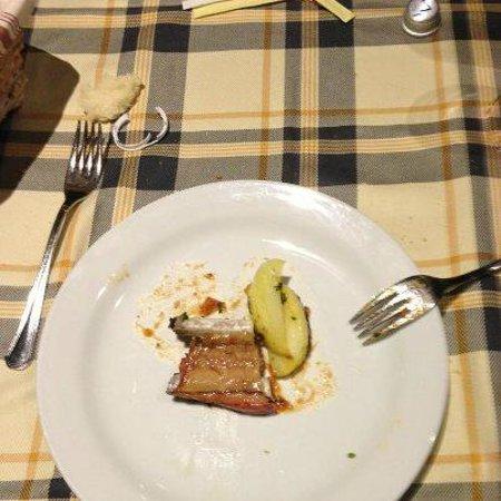 Pecetto Torinese, Olaszország:                   la ricca porzione di carne