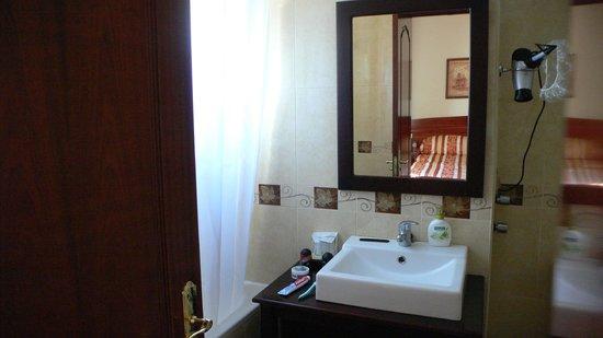 Hotel Alameda Malaga:                   Room 16
