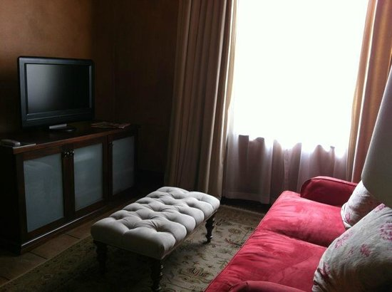Cape Heritage Hotel:                                     TV Room in our suite