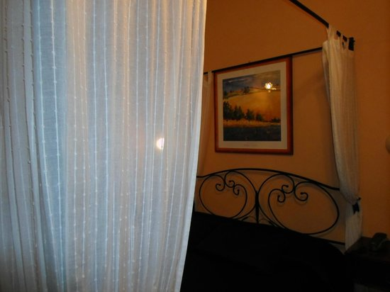 Hotel Genesio:                   Hotel's room N9